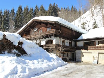 Photo for Spacious, family friendly apartment near Saalbach-Hinterglemm
