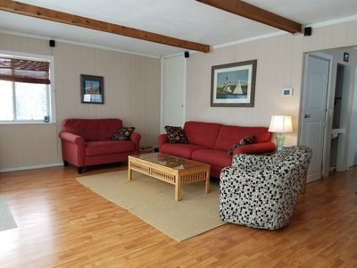 Lake Michigan cottage close to beach, dunes, golf, Mich Adventure and much more!
