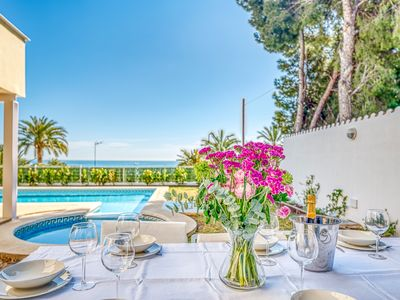 Photo for Amazing Villa with pool and sea views
