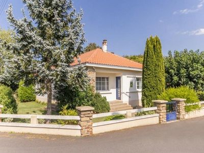 Photo for Gite Machecoul, 4 bedrooms, 9 persons