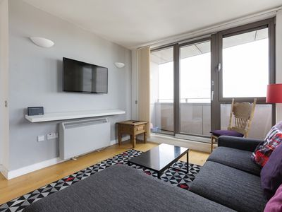 Photo for Stylish 2 Bed w/ Private Balcony, 2 mins to Tube