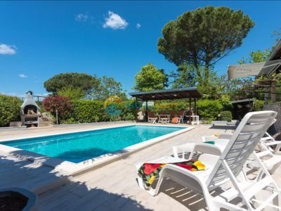 Photo for House 1164/10222 (Istria - Valbandon), Romantic accommodation, 500m from the beach
