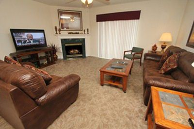 Photo for 4 BR, Sleeps 11, Balcony, Close to Shopping & Restaurants, Free Dollywood Tkt