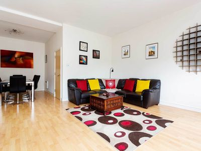 Photo for Bright 2BR 2 bath apartment in fantastic location, near London Bridge, by Veeve