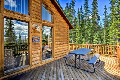 Experience a mountain retreat at this expansive Fairplay vacation rental home!
