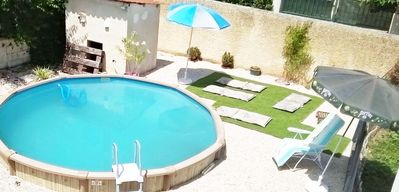 Photo for holiday house 100 m2 + private pool facing the Ventoux 7 kms from Avignon