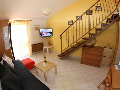 Photo for Apartment in Umag with Air conditioning, Parking, Terrace, Garden (576407)