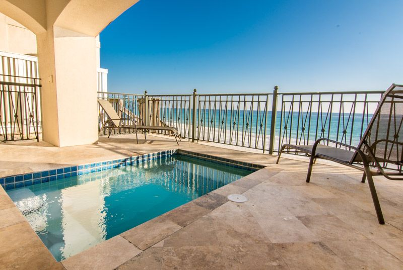 Whimsical Tide Frangista Beach Gulf Front Luxury 2 Pools Pet Friendly