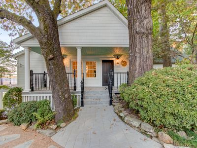 Extensively Remodeled Manor with Beautiful Views of Lake Hamilton!
