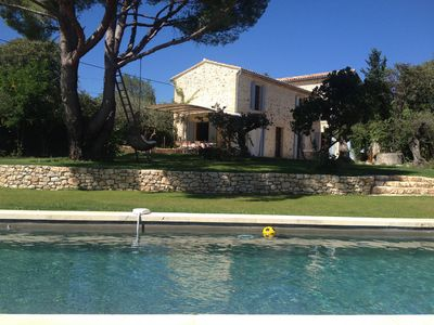 Photo for Holiday home with heated pool away from the hustle and bustle near Uzès, Pont du Gard