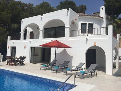 Photo for Excellent new villa with sea views and walking to Moraira and Beach