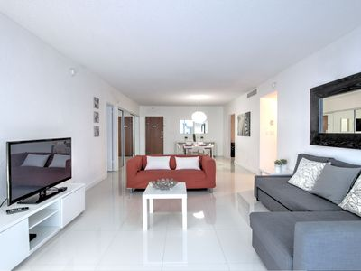 Photo for Great 2 Bedroom with Garden View