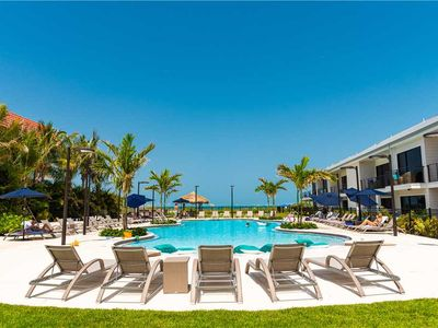 Luxury Beach Front Suite - Short 1-2 Night Stays Available!