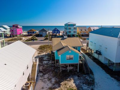 Adorable Home, Gulf Views, Pet Friendly, Quick online booking for activities!