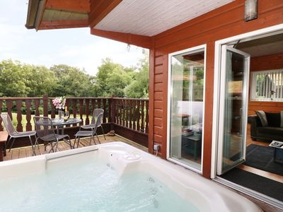 Photo for WOODLANDSVIEW, pet friendly, with hot tub in Rudyard, Ref 985566