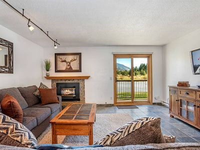 Photo for Newly Furnished, Mountain View Condo! Walk to Dining, Deck w/Grill, King in Master, Community HotTub
