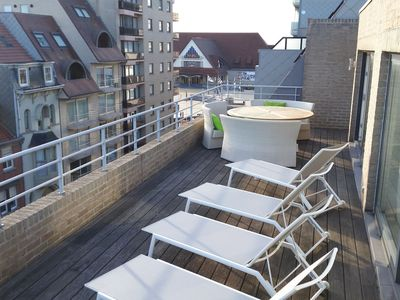 Photo for Beautifully located penthouse with view from the terrace over the Middelkerke beach