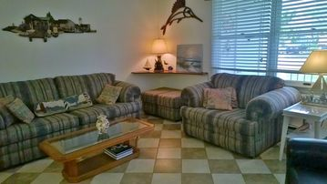 Comfortable Casual & Convenient in Cape May!