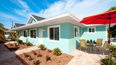 St. John Bungalow - Walk in 2 Minutes to the Beach, Quiet Area, Free WiFi