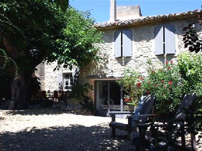 Photo for 4BR Villa Vacation Rental in Le Luberon, Provence,