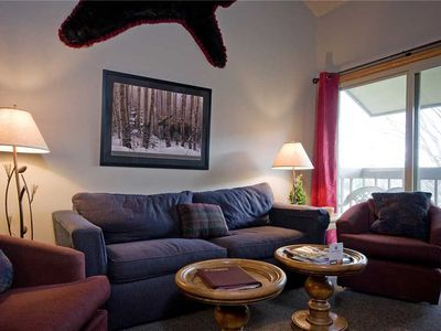 SHE38 by Mountain Resorts: Close to Winter Activities~Outdoor Pool & Hot Tub~On Free Bus Route