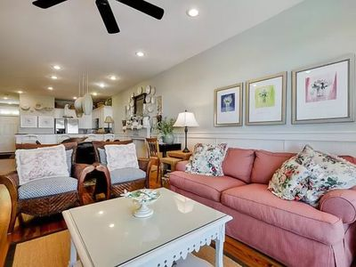 Photo for 3BR/2BA Just a Short Walk on Scenic 30A to Beach!