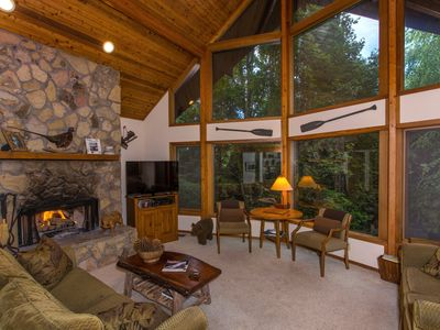 Photo for Luxury House: Pool, Fitness Center, & Hike in Nat'l Park!