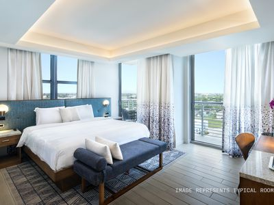 Photo for Sonder | The Circ | Sun-Filled Room + Balcony