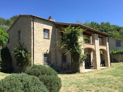 Photo for Spectacular villa with private pool overlooking Tiber valley
