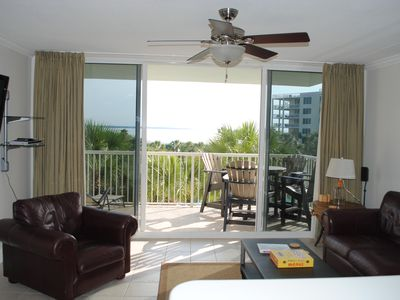 Photo for Luxurious Platinum Rated Condo - with 700' Lazy River, Heated pools