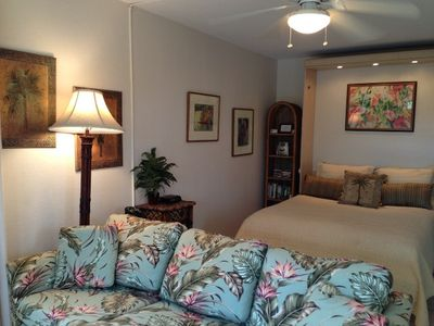 Comfortable, firm queen bed & new pull-out sofa bed couch. Feel at home in Maui.