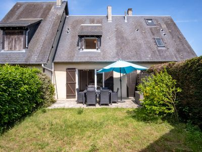 Photo for Vacation home Cabourg Cottage in Cabourg - 4 persons, 2 bedrooms