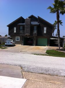 Photo for Charming beach house located in Galveston's West Beach - Paradise Retreat.