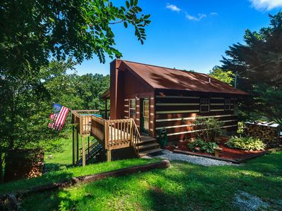 Photo for Quiet Cabin On Chestnut! Beautiful  Mountain Views, Hot Tub  &  Fireplace