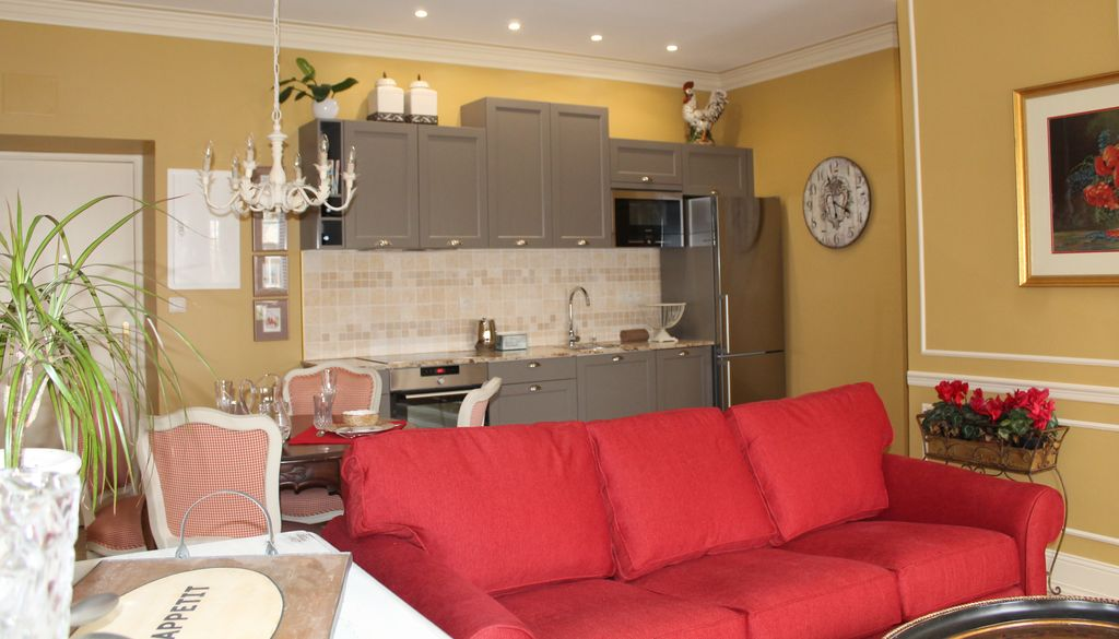 1 Bedroom Apartment Located In The Bastide Saint Louis Of