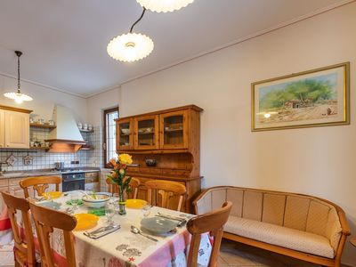 Photo for Lovely apartment for 4 guests with A/C, TV, pets allowed and parking