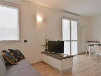 Photo for Candiani 3A apartment in Porta Garibaldi with WiFi, integrated air conditioning, balcony & lift.