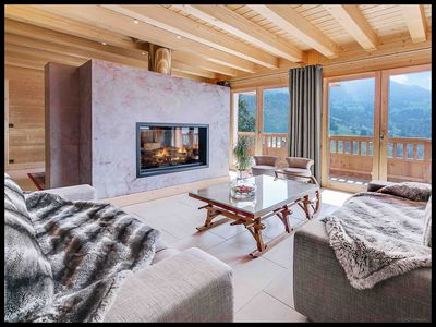 Photo for 5BR Chalet Vacation Rental in Manigod, Auvergne-Rhône-Alpes