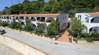 Photo for Holiday home for 5 people, 200 meters from the sea and free wi-fi