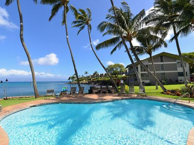 Photo for HKC 103 Step off the Lanai & Swim with Turtles! Pristine Bay Front Bungalow!