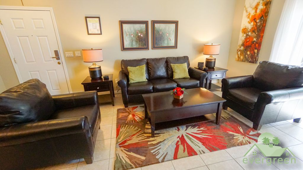 Beautiful 3 Bedroom Ground Floor Condo