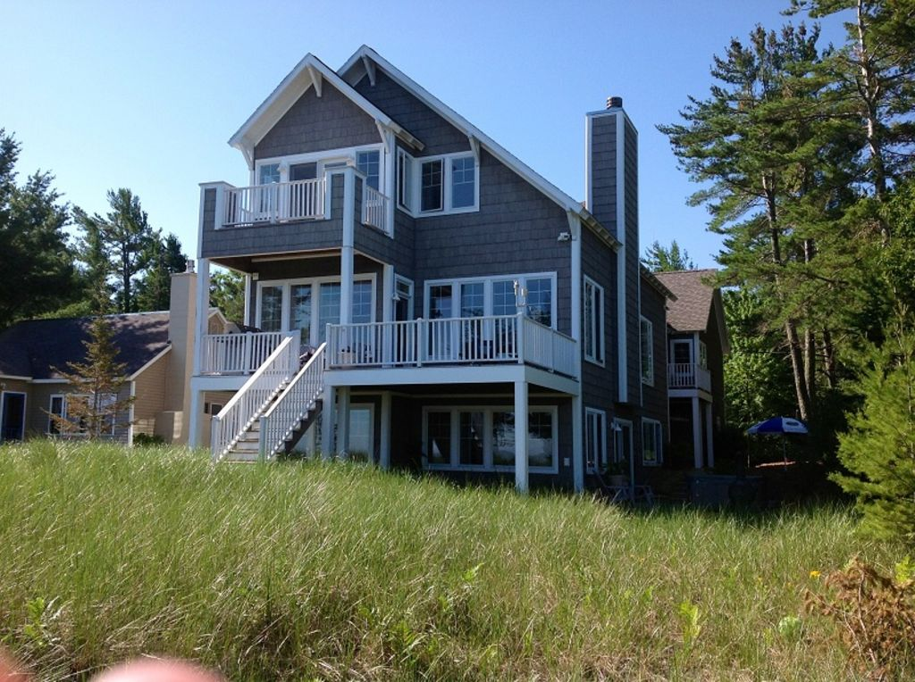 Private sleeping bear lake michigan 4bd 3b homeaway for Glen haven co cabin rentals