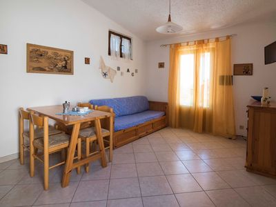 Photo for Cosy Holiday Apartment with Terrace and Sea View; Parking Available, Pets Allowed