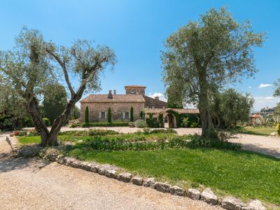 Photo for Clos Saint Jeaume - Villa for 14 people in Châteauneuf-Grasse