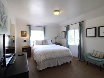Photo for 1bd/1ba - Perfect downtown location