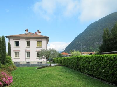 Photo for Apartment Alda (LVM181) in Laveno - 6 persons, 3 bedrooms