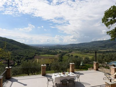 Photo for Tuscany Restored Family Home, WoW Views, Pool - Perfect family and friends home