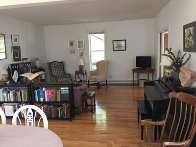 Photo for Two bedroom on first floor at the end of a quiet cul-de-sac in dowtown