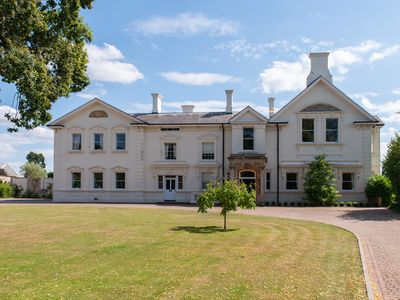 Photo for Epitome of luxury Severn Manor