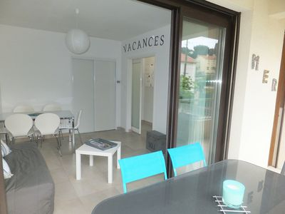 Photo for HOLIDAYS at 50 m from the beach of Mar Vivo (Les sablettes) .Terrasse. Private parking.